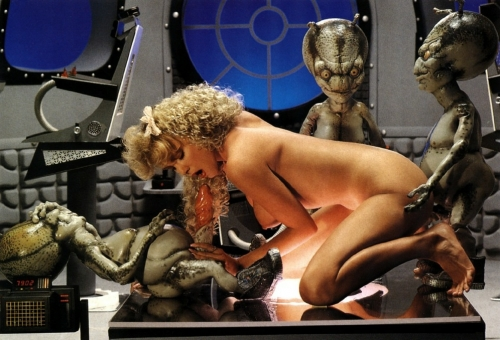 Секс с пришельцами онлайн